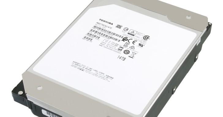 誰說大容量硬碟要靠 SMR 達成?Toshiba 以氦氣填充與 9 張碟片堆出 14TB 容量
