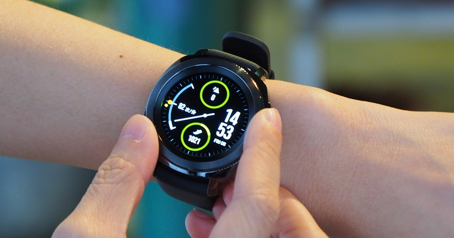 三星 Gear Sport 動手玩,最時尚的運動智慧錶