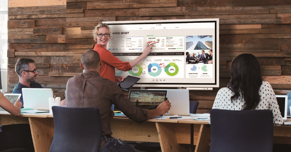 讓開會更有效率,三星推出可互動的 Flip 會議看板