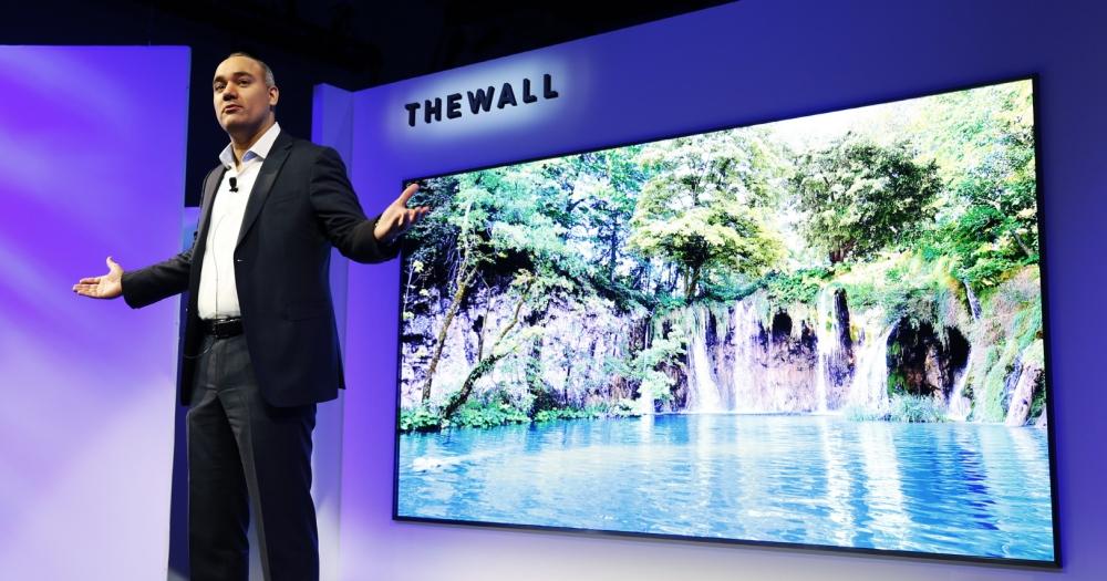 hen 大一台!三星展示全球首款 146 吋模組化 microLED 電視