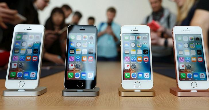 一天一爆:蘋果iPhone再次爆炸,西班牙零售店煙霧繚繞緊急疏散