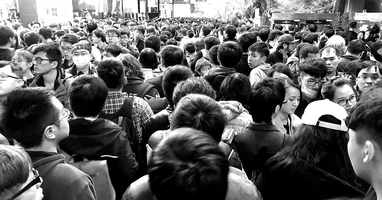 擠爆!台北電玩展人潮暴動如跨年,排隊竟要兩小時才能入場