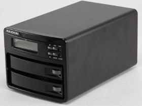 插上去就是 RAID 1,RAIDON GR3630-SB3評測