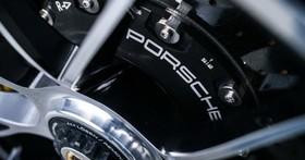 開車踩下煞車發生「異音」讓你很緊張?Porsche告訴你,煞車有異音其實很正常