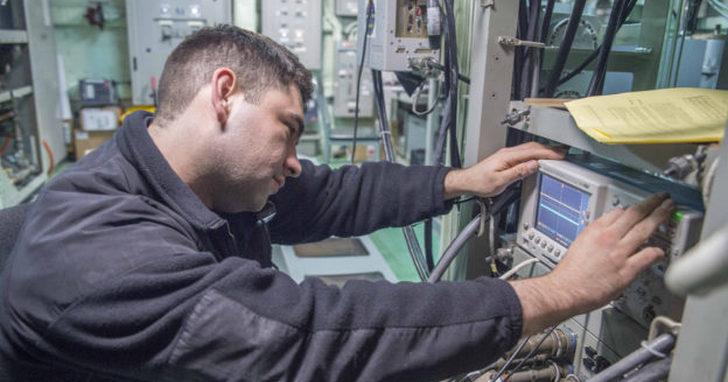 英國報告示警,電子干擾已成懸在衛星定位頭上的利劍