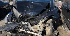 世界上首例 Model 3 撞毀事故出現,但出事後車主第一個要感謝的竟是這台車