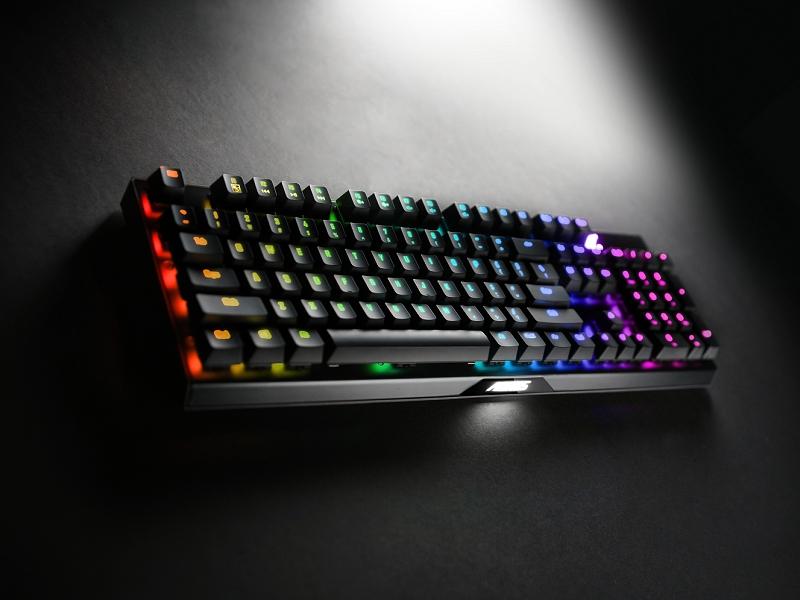 AORUS K9 Optical 電競鍵盤 全新突破性光軸技術 光速反應 0.03ms 非凡耐用一億次點擊壽命、可水洗、防連擊