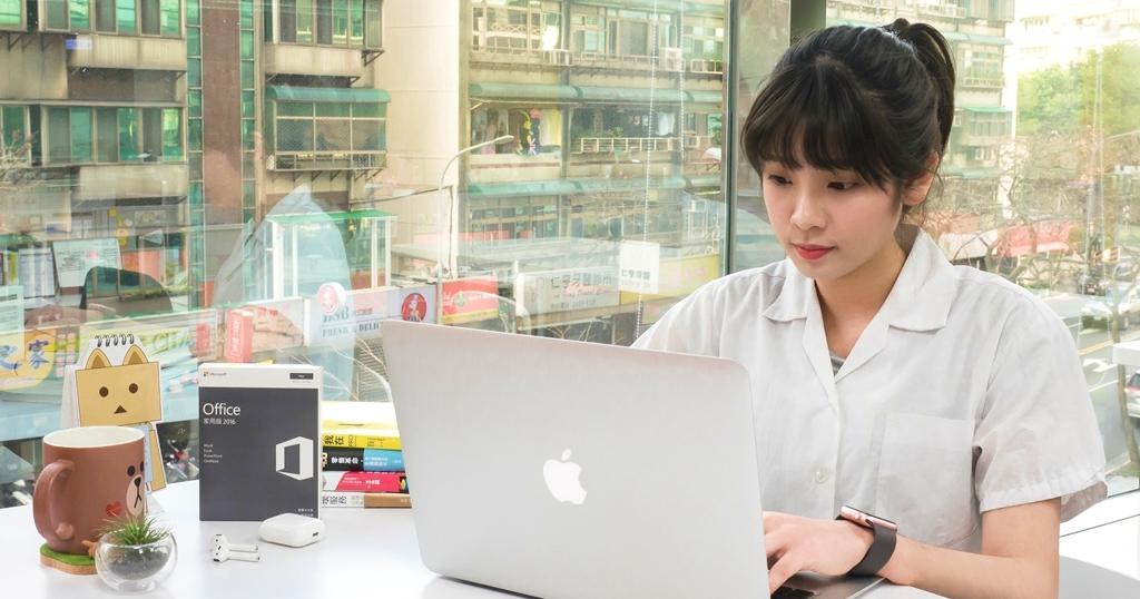德誼新校園方案,Mac、iPad 系列產品最高現折 12,800 元