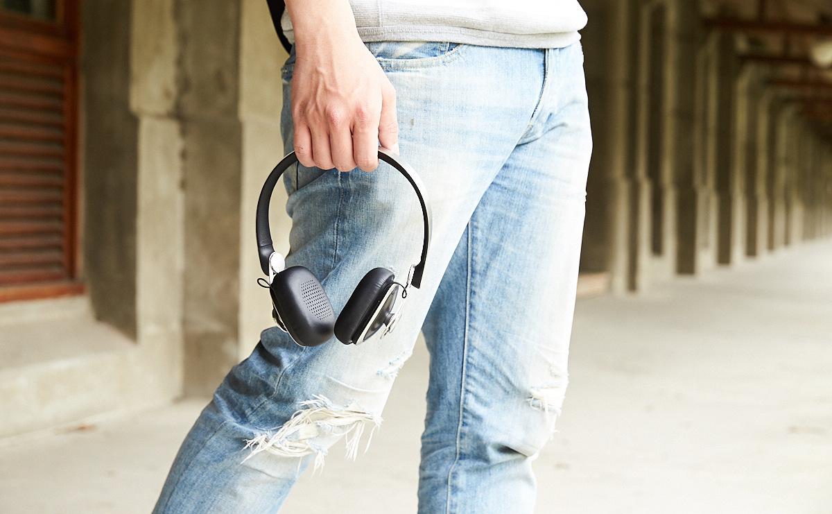 價格在萬元以下,耳罩式無線藍牙耳機的選購指南
