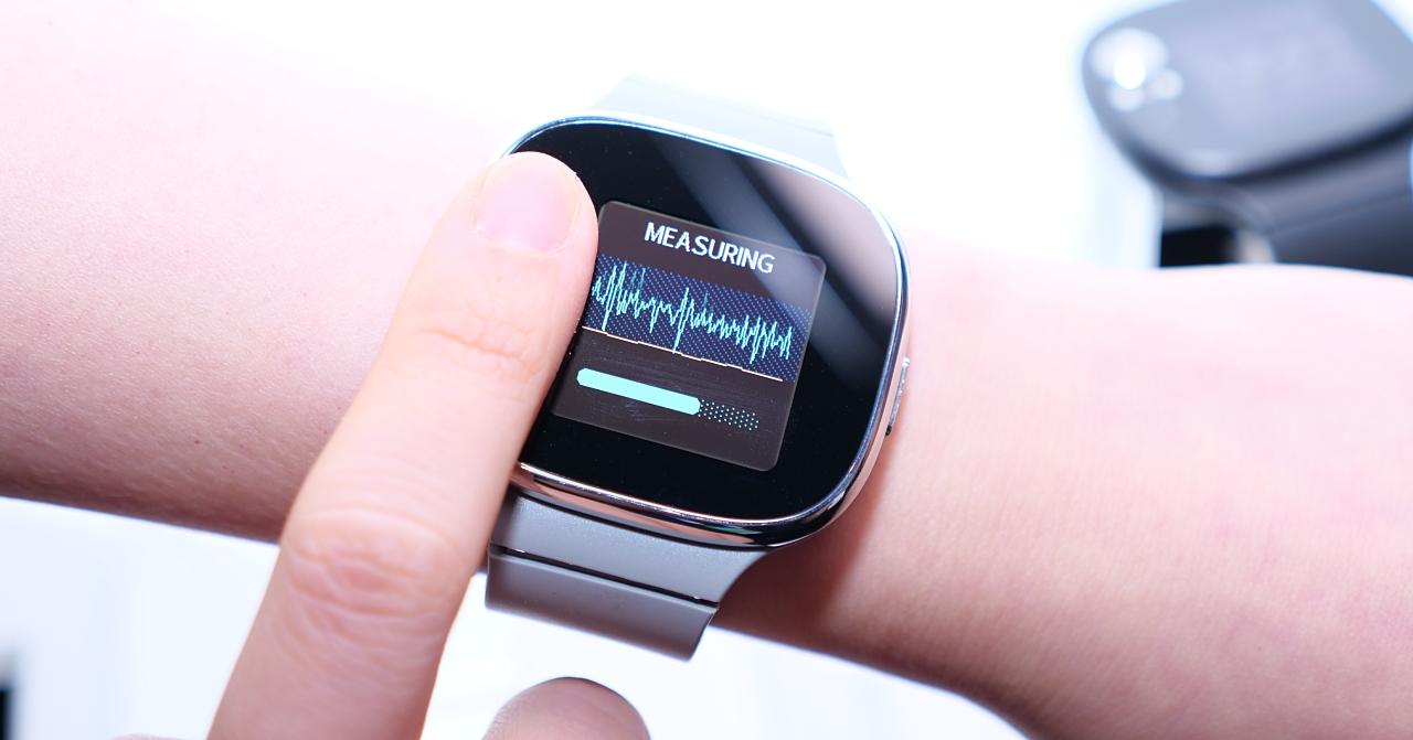 15秒量血壓、續航力長達28天!ASUS發表VivoWatch BP智慧錶 | T客邦