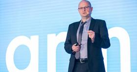 Arm副總Chris Porthouse於COMPUTEX 論壇,分享企業如何掌握上兆物聯網裝置商機