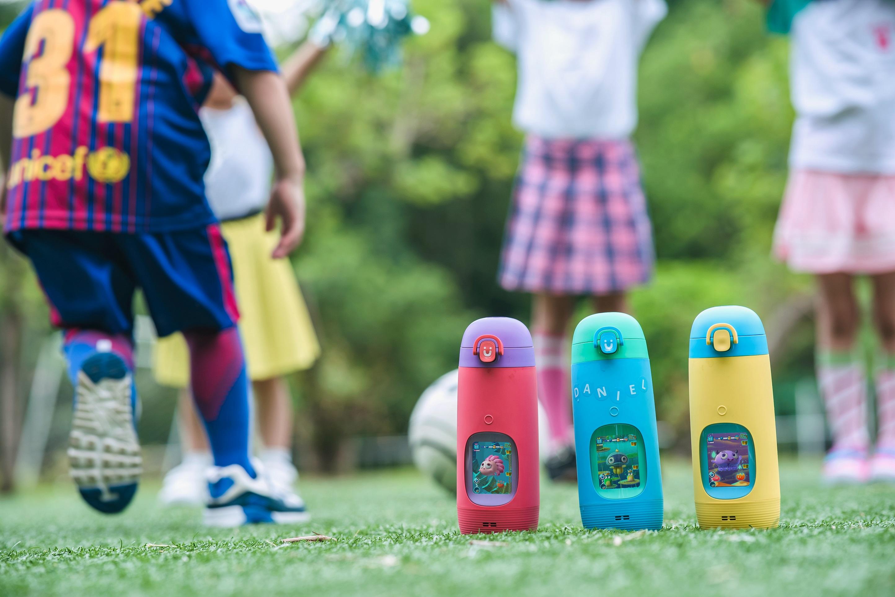 全球首款故事機水壺! 新品「Gululu Talk」讓孩子健康又有聊!