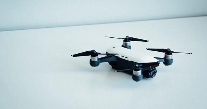為保證無人機配送安全,亞馬遜申請了一項新專利在受駭客攻擊時奪回控制權