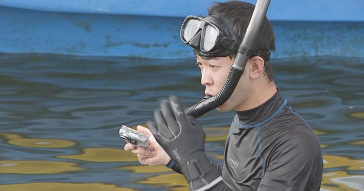 這位20歲的日本熱血「提督」,正試著撈真正的菊月號驅逐艦回家