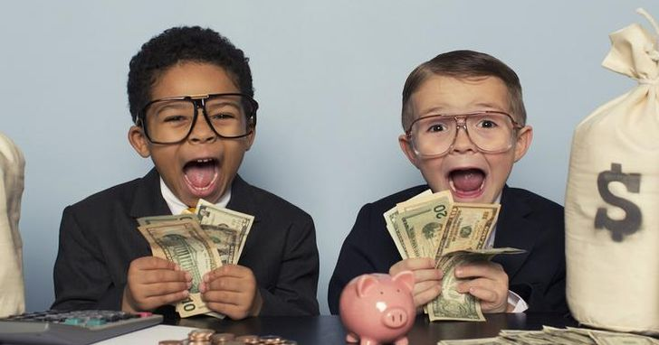 美國新創公司即將啟動一個計畫,每月無條件給你30,000元台幣,只想知道你會選擇一種怎樣的生活?