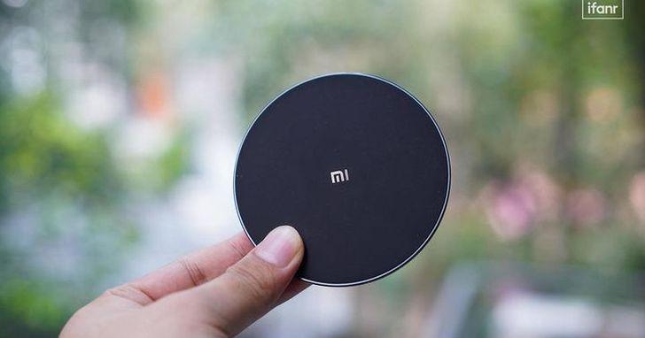 體驗小米無線充電板(通用快充版):它會是你的入門新選嗎?