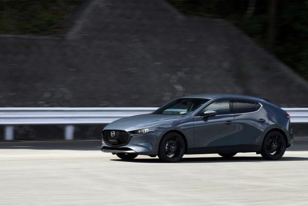 搶先揭露!全新大改款Mazda3登場,五門 / 四門同步亮相!