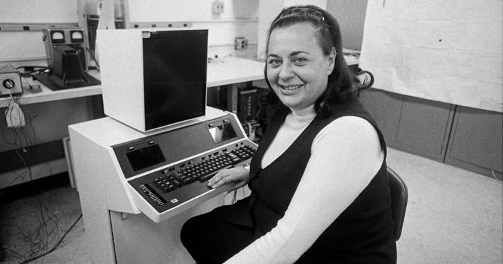 她在50年前就實現了「複製」、「貼上」功能,電腦化文字處理器發明人 Evelyn Berezin去世