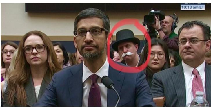 Google CEO 皮蔡 華盛頓聽證會現場,意外見「地產大亨」跑錯棚?