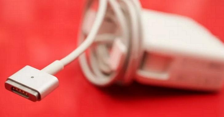蘋果因舊款MagSafe電源轉接器引燃客戶的氧氣面罩而吃官司