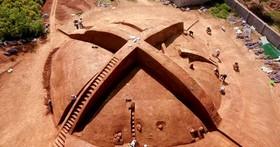 中國考古節目這兩天播出先秦時期的土墩墓預告,讓Xbox沉默了