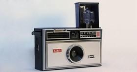 從膠捲相機到手機!照相機的200年消亡史