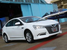 唯一國產渦輪增壓「手排」車款 LUXGEN5 Sedan M⁺ 66萬上市!