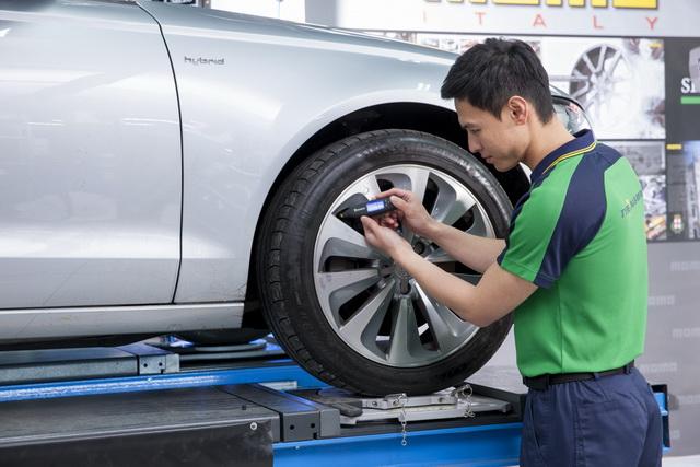 炎炎夏季午後雷陣雨來去匆匆 出遊時請務必注意愛車輪胎狀況!面對陰晴不定的氣候 台灣米其林關心您與家人的行車安全