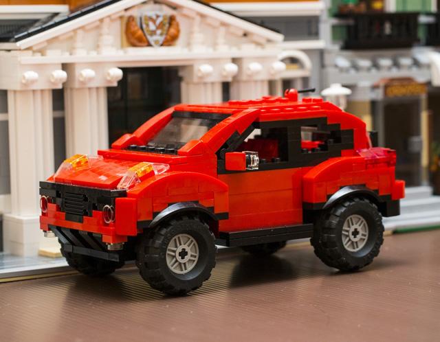 買大送小,8月底前入主NISSAN JUKE就送 JUKE積木模型車