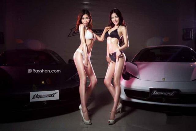 Toyota 86 & Ferrari 458 Italia、F430:比基尼絕代雙驕!長腿秀出跑車激情