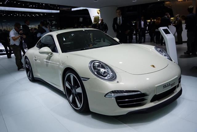 2013法蘭克福車展 : 全新 Porsche 911 Turbo與 911 Carrera S特仕車