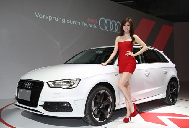 Audi A3 Sportback霹靂嬌娃–張景嵐篇,清新派宅男女神大秀性感身材!
