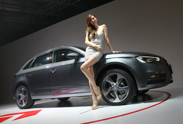Audi A3 Sportback霹靂嬌娃–錢帥君篇,長腿魅力辣翻全場!