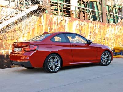 BMW 2 Series正式發表!怎麼這麼像 1 Series Coupe?是啊、就是它沒錯...