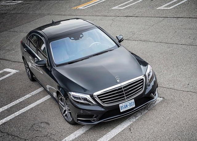 Mercedes-Benz賓士汽車提供 S-Class買家超過7萬元的招待費用,車主感動到再買一輛 SL跑車!