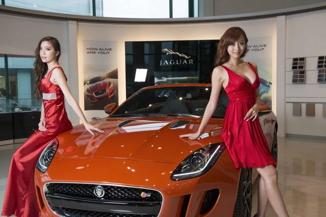 【2014台北車展預報】 Jaguar Land Rover與名模攜手再現風華:New XJ & New Range Rover Evoque升級進化