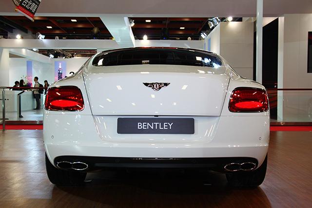 【2014台北車展】英國皇室指定坐駕的 BENTLEY頂級轎跑車