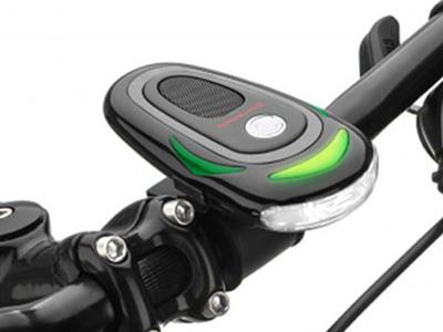 腳踏車用衛星導航輔助裝置,方向燈加上報路功能,讓你不再騎到撞牆壁!