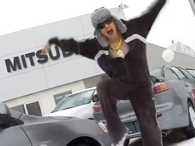 拯救 Mitsubishi銷量就要拍超鳥的 Rap饒舌 MV! 爛到極致就變酷了!
