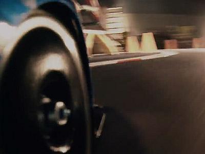 全新Subaru WRX STI....的遙控車與炸彈棒對決影片:PO網兩天就破50萬瀏覽人次!