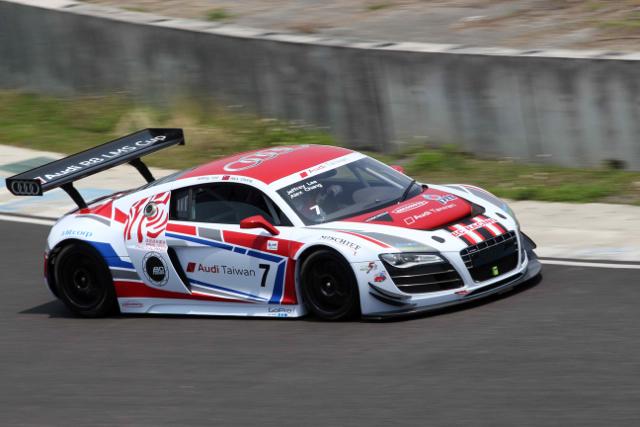 2014年TSF台灣大賽車全面點燃戰火,李勇德駕駛Audi R8 LMS奪下GT3組別冠軍!