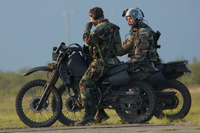 美國特種部隊未來將使用全輪驅動的 Hybrid油電軍用越野摩托車!無聲、還能匿蹤!