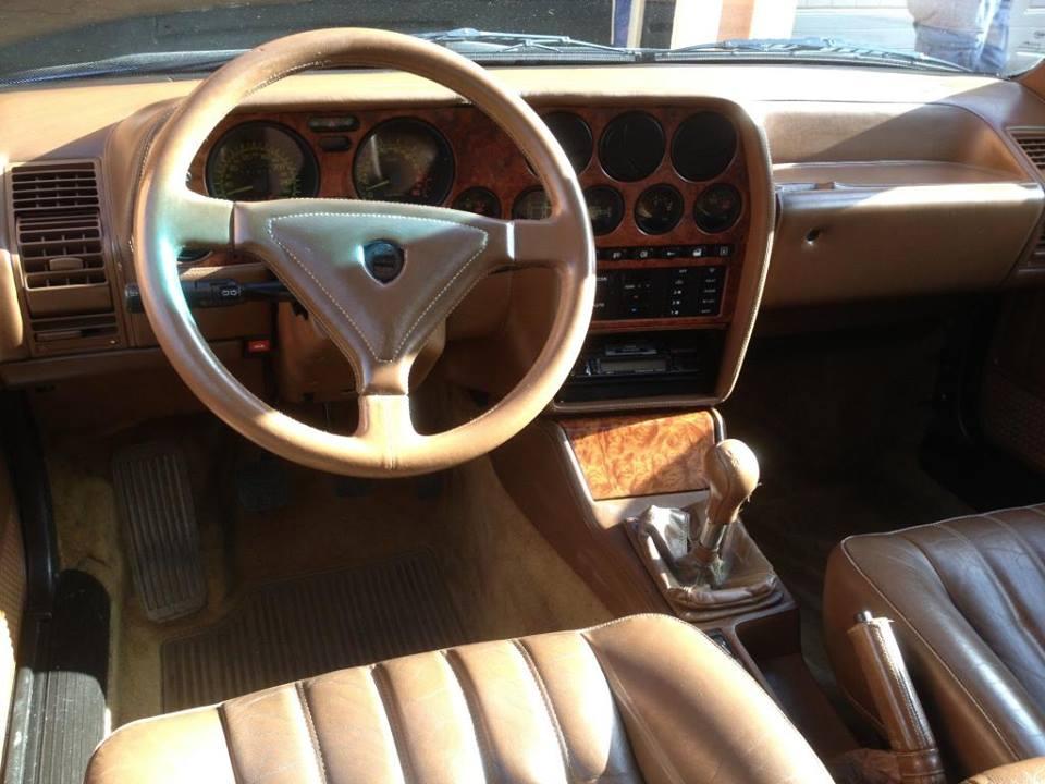 【熱門話題】搭載法拉利引擎的 Lancia轎車!古早的羊皮狼!