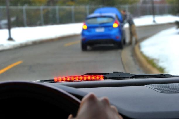 Ford首度於亞太展示V2V車輛通訊科技,車與車之間對話!