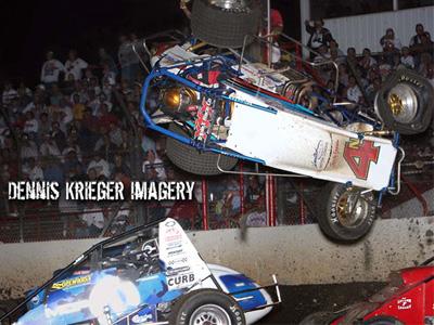 不爽被冠軍前輩逼車失控而下車理論,20歲賽車手反被當場撞死!