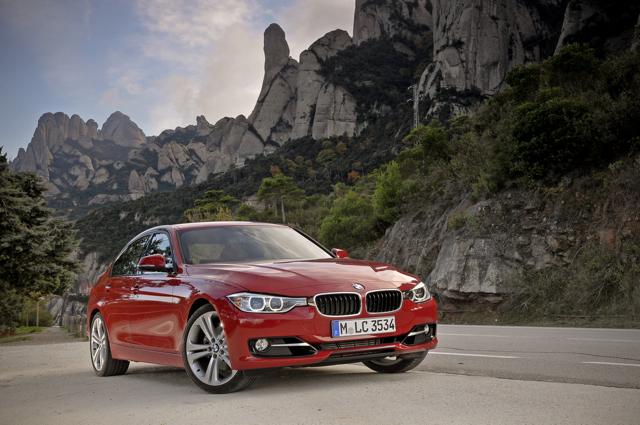 全新BMW 318d運動房跑車優購專案 即刻開跑