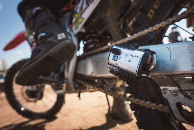 Sony Action Cam Mini迷你運動攝影機【HDR-AZ1VR】輕巧上市
