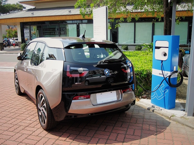 BMW i 公共充電站即日進駐全台BMW經銷與維修據點