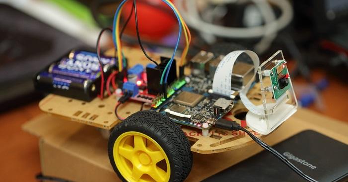 自製Tinker Board、小車跟著走─ASUS開發板Tinker Board智慧工作坊,第一節~開課實況!