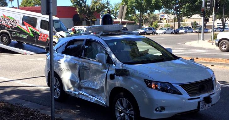 麻省理工和微軟提出了全新的自動駕駛訓練方式,幫助無人車在遇到意外時做出更好的決策